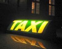 Taxi várta a ház előtt a lakásbetörőt