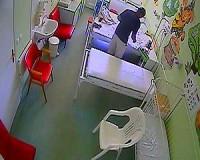 Kórházi betegeket fosztogatott