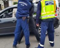 Személy elleni erőszak lett a vád