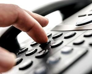 Ismét megjelentek a telefonos csalók