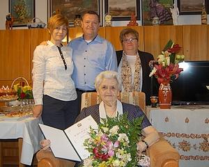90 éves Pótári Györgyné