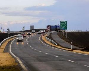 Átadták az elkerülő út új hídját