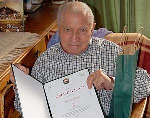 90 éves Bacsa András