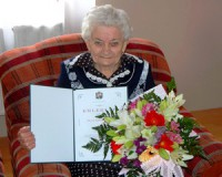 90 éves Dezső Sándor Imréné