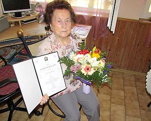 90 éves Török Andrásné