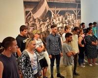Háromszáz diák az Emlékpont időszaki kiállításán