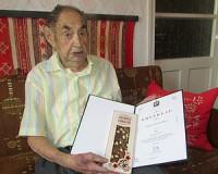 90 éves Lantos László Imre