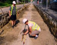 Régészek is dolgoznak a tram-train belterületi vonalán
