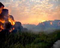 Hatalmas tűz Földeák mellett
