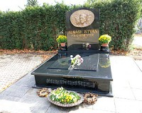 Felszentelik Almási István síremlékét