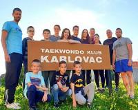 A Máté Taekwondo eredményes szomszédolása