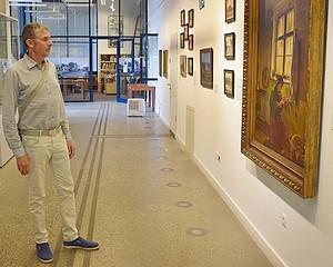 Tengeren túli művészettörténész a vásárhelyi közgyűjteményben