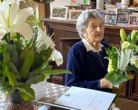 95 éves Mimi néni