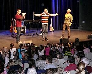Teltházas Alma koncert a BFMK-ban