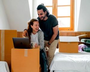 Hazaköltözzünk Magyarországra? Ne költözzünk? Mi vár ránk otthon?