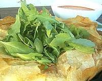 Ennivaló receptjeink - 3 sajtos töltött rétes sültpaprikamártással