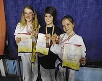 Vásárhelyi taekwondos lányok a dobogón
