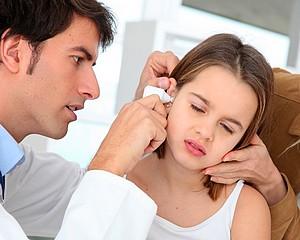 Nyár - kánikula - strandolás - fülgyulladás