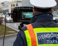 Fokozottan ellenőrzik a rendőrök a közlekedőket