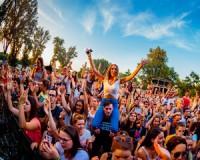 Szuper koncertek, folklór, sőt leánykérés a SZIN negyedik napján